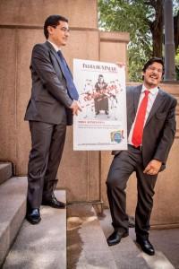Mário e Lino Bocchini, criadores da Falha, na porta do Tribunal (foto: Jennifer Glass)
